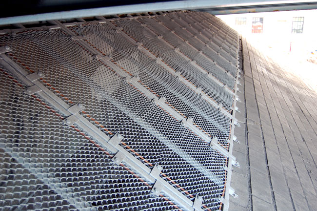 Cage Designed to Prevent Homeless People from Sleeping under Wealthy Street